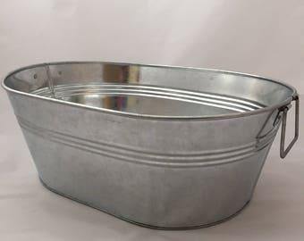 Metal Tub, metal ice bucket, outdoor ice bucket, outdoor entertaining