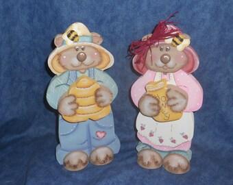 Country Honey Bears wood figurines