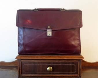 Spring Sale GoldPfeil Sport Portfolio In Beautiful Burnished Burgundy Leather- Made in West Germany- VGC
