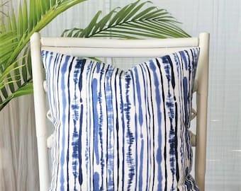 Duralee Sabaki Stripes Asian Oriental Chinoiserie Modern Abstract Bamboo Stripe Pillow Cover- Navy, indigo, blue, light blue, white