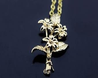 Flower Bouquet Necklace, Gold Flower Bouquet Charm Necklace, Floral Bouquet Necklace, Bouquet of Flower Charms, Personalized Necklace