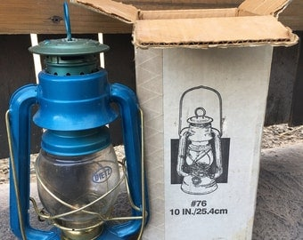 Dietz Lantern No. 76 In Original Box, Vintage Lantern, Vintage Oil and Wick Lantern, Vintage Lighting, Camping Lantern
