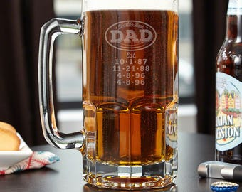 Worlds Best Dad Engraved Colossal Beer Mug - Father's Day gift for Dads or Husband, Etched Glassware for Dads Man Cave