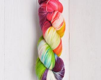Hand Dyed Tough Sock Yarn - Binaria