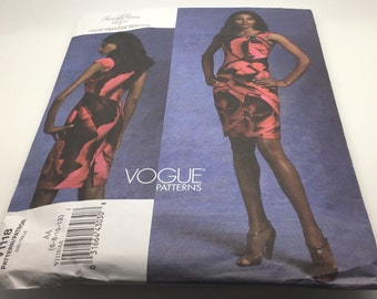 Vogue 1118 V1118 Sewing Pattern Tracy Reese  American Designer Close Fitting Lined Dress Bodice Darts Size 6 8 10 12  FF Uncut New