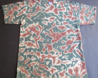 Dense camoflage tie dye shirt