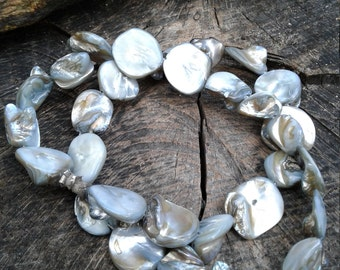 Grayish Blue Mother of Pearl , Free Form Mother of Pearl Beads, Mop , 31 Beads on this strand