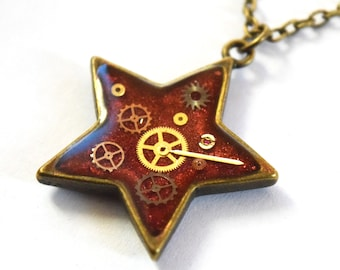 Steampunk Star Pendant, Resin Watch Parts Necklace, Resin Jewellery, Bronze Tone Necklace, Free UK Delivery, worldwide Shipping!