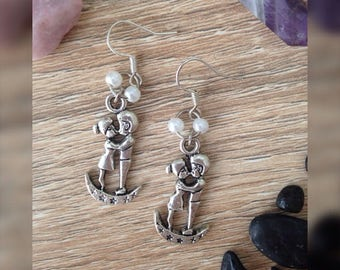 Stainless LUNA KISS earrings