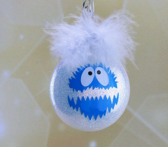 Bumble Abominable Snowman Yeti Ornament from Rudolph the Red | 570 x 499 jpeg 34kB