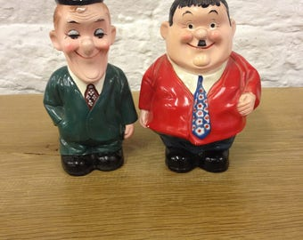 Vintage Pair of Laurel and Hardy Piggy Banks / Moneyboxes. Both in Good Condition with Original Stoppers