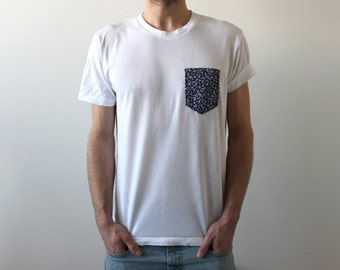 Handmade pocket T-shirt - blue flowers