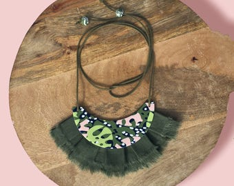 Leave-me-speechless - statement necklace with khaki, pistachio, coral pink, navy and white clay feature with khaki linen fringing