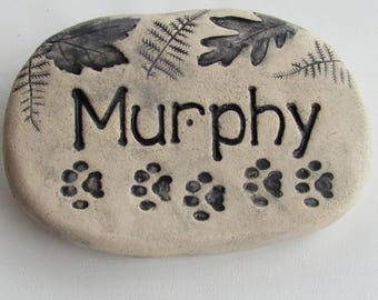 """Personalized Pet memorial stone,  Cat or Dog grave marker. Paw prints, Woodland leaves. 6"""" wide Ceramic outdoor plaque. Custom engraving."""