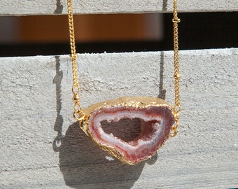 Druzy Necklace, Red Agate Pendant, Red Druzy Necklace, Druzy Agate Necklace, Boho Luxe, Red Pendant Necklace Big Stone Necklace Boho Jewelry