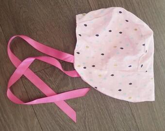 Baby girls reversible bonnet
