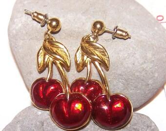 AVON Enamel Double Red Cherry Drop Pierced Earrings, Fun Jewelry, Gift for her, Dangle Earrings, Drop Earrings, Cherry Earrings, cherries