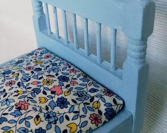 Miniature Bed - Dollhouse Bed