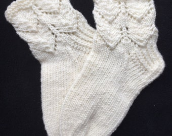 EUR Size 32-33 / US 1-1.5 / UK 13-14 / Handknitted Toddler Child Warm Wool Socks, White, Lace knit
