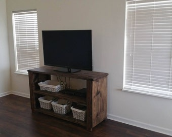 Rustic Farmhouse Style TV Stand