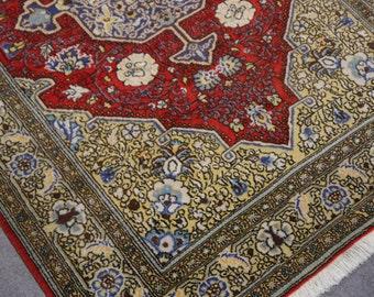 Qum rug Iran / Persia 5.2 x 3.6 ft / 160 x 109 cm Vintage Persian Rug bohemian boho style carpet wool and silk