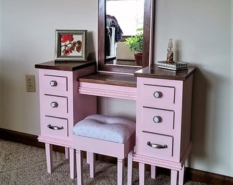 Little Pink Princess Childs Vanity Makeup Table