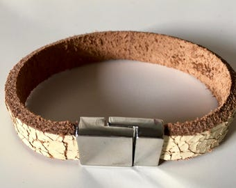 Tough & stylish leather bracelet by Crackle leather with magnetic closure