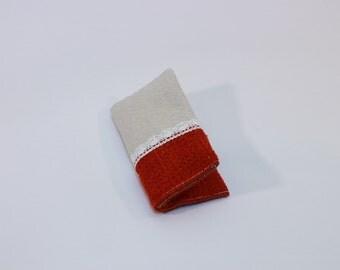 Kleenex holder