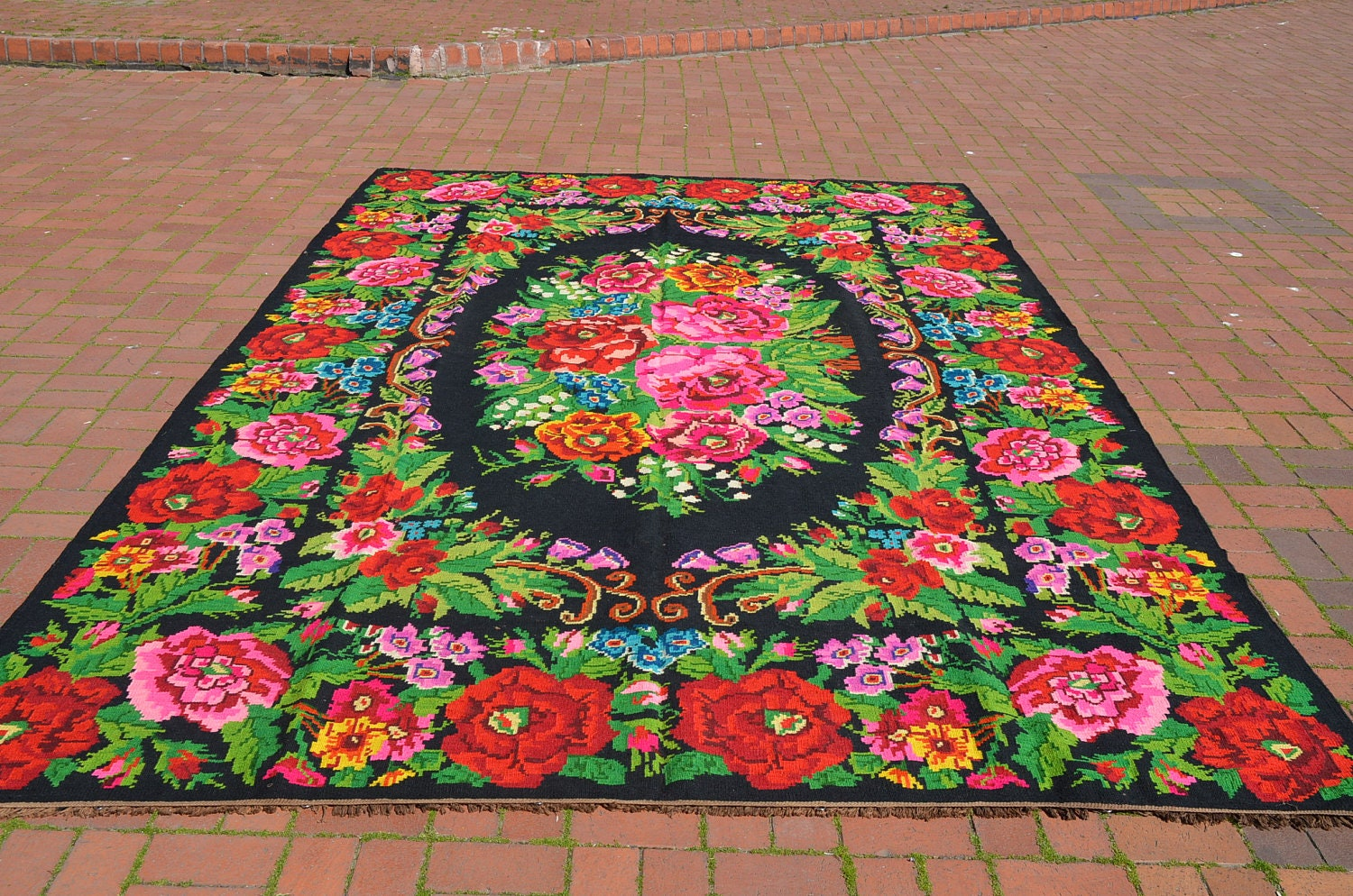 Decorative karabakh kilim bohemian rug ethnic rug for Decor international handwoven rugs