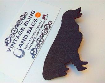Wooden black dog brooch, black dog pin, dog pin, black dog pin, wooden pin, silhouette pin, dog pin, dog, dog brooch, dog badge, dog gift,