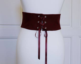 Bodice belt cord protection