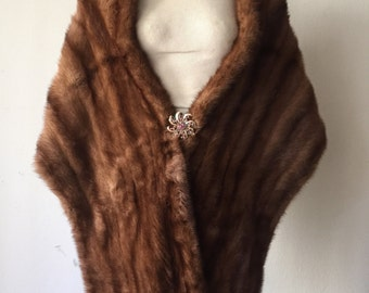 Bright brown women's soft fur bolero, real mink, velvet and shiny fur, fluted design, decorated with brooch, vintage style, size-universal.