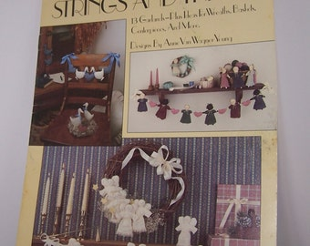 Strings and Things Leisure Arts Leaflet 1057 13 Garlands Pattern and Instructions 1986