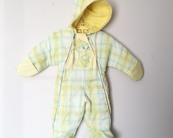 Adorable Vintage Buttercup Yellow Plaid Children's Snowsuit w/ The Cutest Embroidered Squirrel 9mo 12mo - OSVKC0055