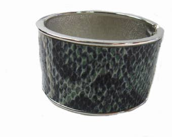 vintage Snakeskin Bangle Bracelet, Hinged Clamper Bracelet, Wide Cuff, Small Wrist, Jewelry, gift for her