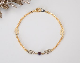 Bracelet leaves gold metal and natural Garnet Pearl