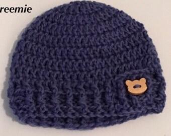 Handmade Crochet Beanie / Blue Pure Wool / Wooden Button / Preemie / 0-3 months / Baby Boy / Baby Present / Baby Shower Present