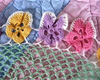 Flower Doiley  ...   Fancy Vintage Crocheted Pansy - Pansies - Floral Decor