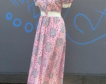 Vintage Jane de Liege seventies maxi dress | size small