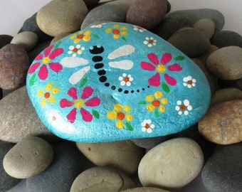 Hand Painted Beach Rock  DRAGONFLY IN FLOWERS Paper Weight- Home Decor - Unique Gift Item