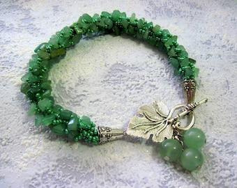 Green jade bracelet,
