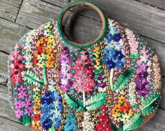 Handmade embroidered circle handle burlap purse