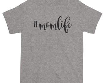 "SHORTSLEEVE ""MOMLIFE"" T-SHIRT/#momlife/Unisex T-Shirt/Multiple Colors/Cotton/Pre-Shrunk"