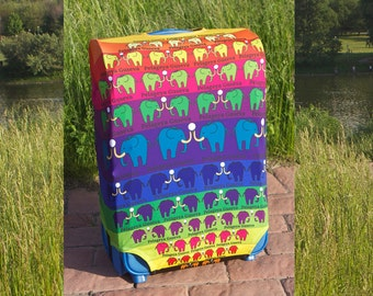 """Luggage cover """"Elephants"""" - pretty protection of luggage"""