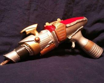 Custom Raygun -- Small