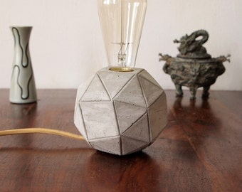 Concrete lamp, table lamp Geostar ink.  Vintage light bulb