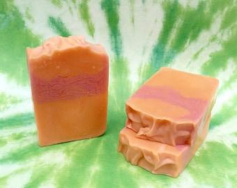 Handmade Soap in Brazilian Mango Grapefruit Scent, Fruity Scented Soap, Summertime Scent Soap, Fruit Scented Soap