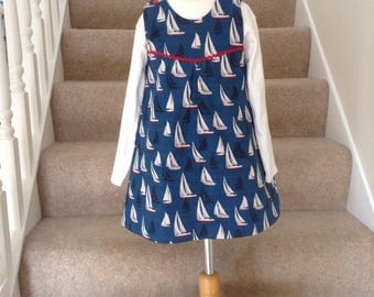 Girls Navy Sailboat Dress, Girls Nautical Dress, Navy Sailboat Dress, Seaside Dress, Navy Boat Pinafore Dress