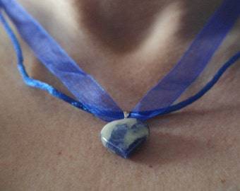 hand made valentined blue heart gem stone pendnt necklace