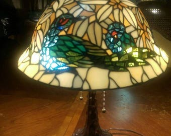 Tiffany style table light